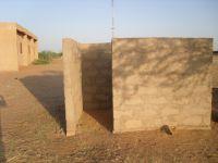 2009_latrines03